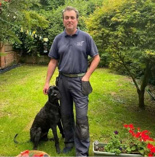 Пёс Алфи и его хозяин